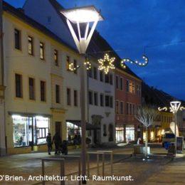 Torgau Bäckerstraße mit Straßemöaternen in Zylinderform