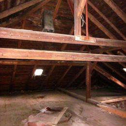 Dachboden des Deutschen Hauses in Tharandt.