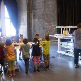 Kinder beim Museumslabor der Staatlichen Kunstsammlung in Dresden.