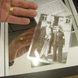 Ein Foto mit 2 Männern in Ehrenhain Zeithain.